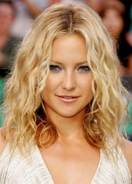 efeito praia em cabelos lisos