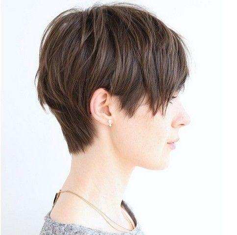 foto de mulher com cabelo curto