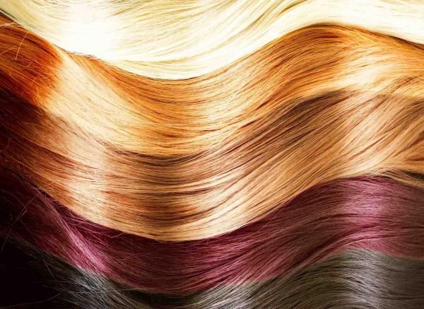 cabelos com tonalidades diferentes