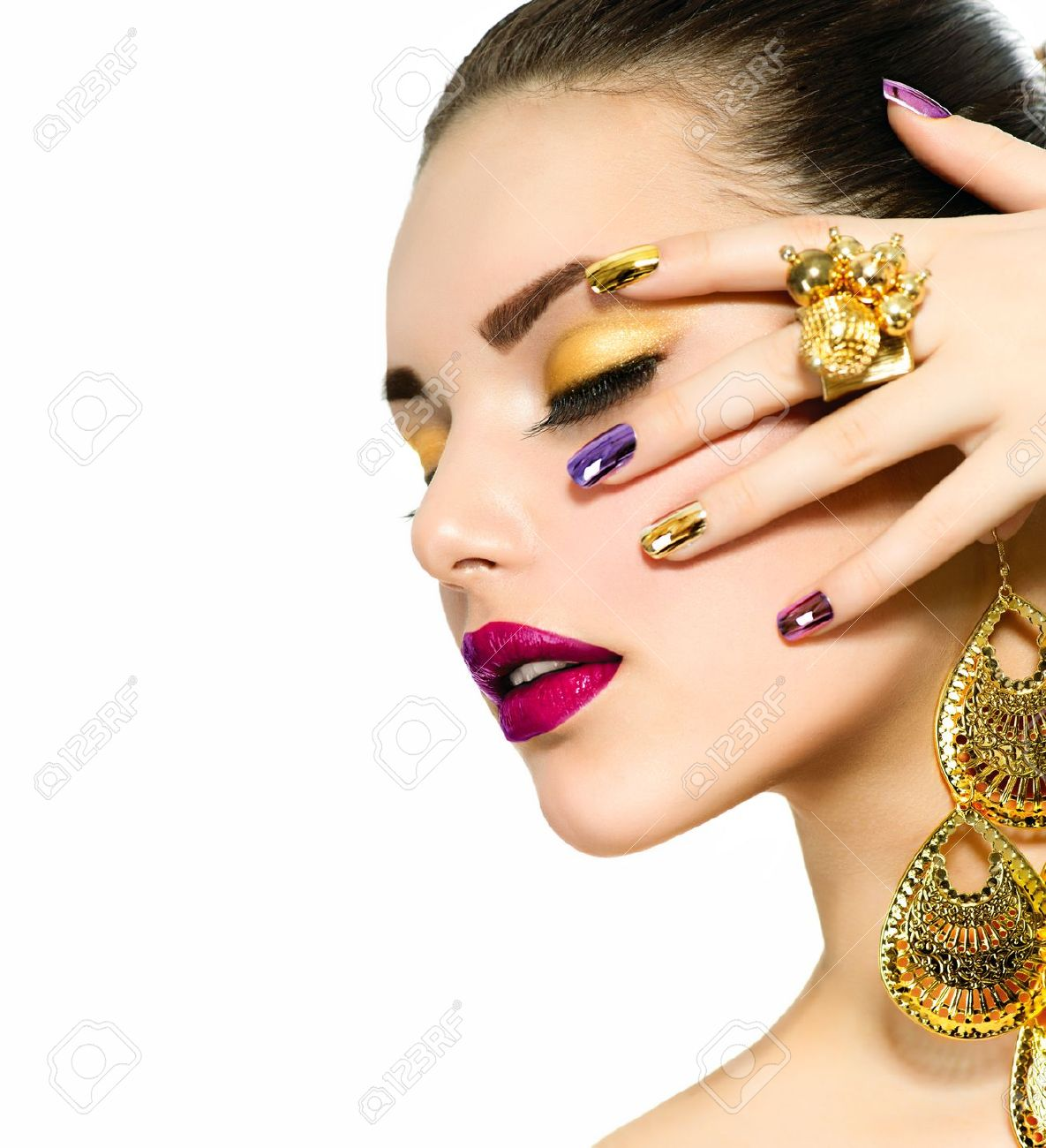 Unhas posti as aprenda como aplicar e cuidar site de Ciaafrique fashion beauty style