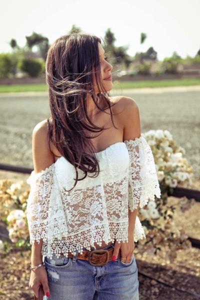 Blusa com decote ombro a ombro