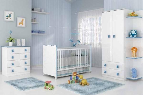 quarto de bebê menino azul e branco