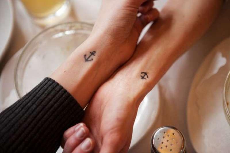desenho de âncora para tatuar mãe e filha