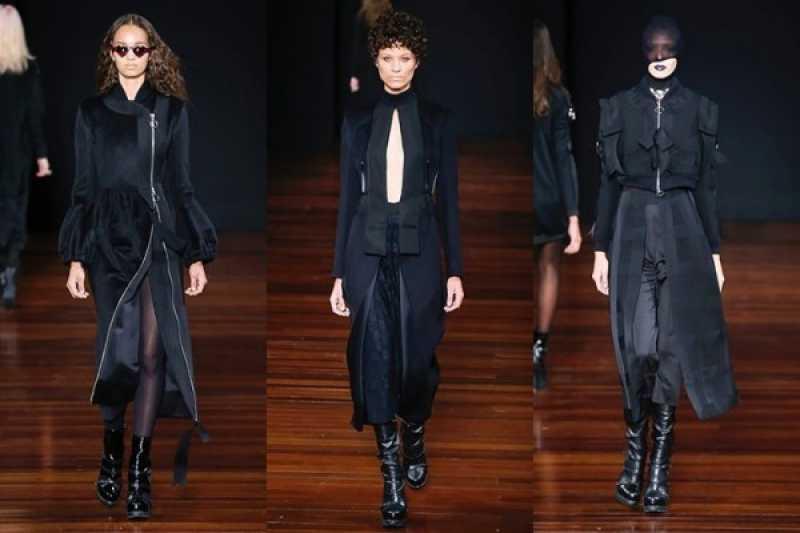 Desfile de moda com casacos acinturados