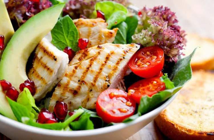 alimentos para conseguir unhas fortes