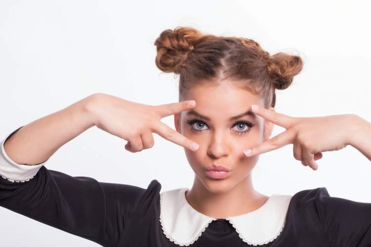 conheça os riscos de usar maquiagem com validade vencida