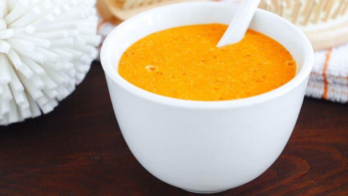 Receita caseira com iogurte e cenoura para estimular o crescimento dos cabelos