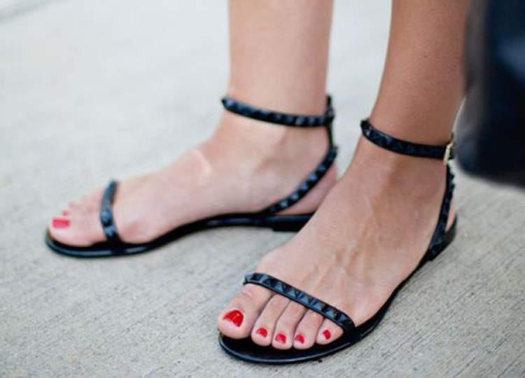 sandália sem salto
