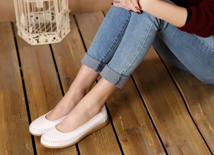 sapatos confortáveis para grávidas
