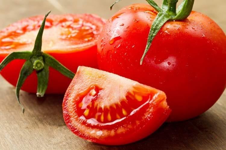 Os Tomates têm uma função hidratante muito boa para a pele
