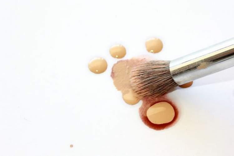 veja como usar o bronzeado líquido