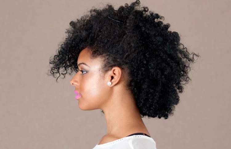 penteado falso moicano