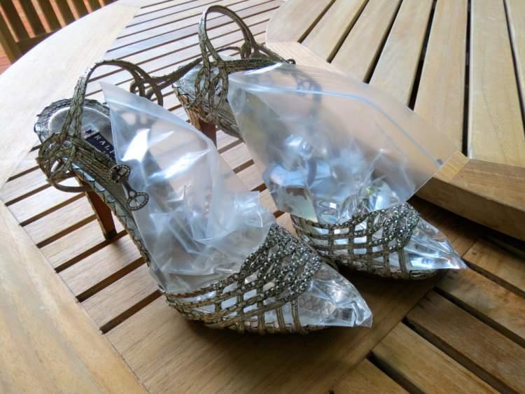 bolsa de água para deixar o calçado mais confortável