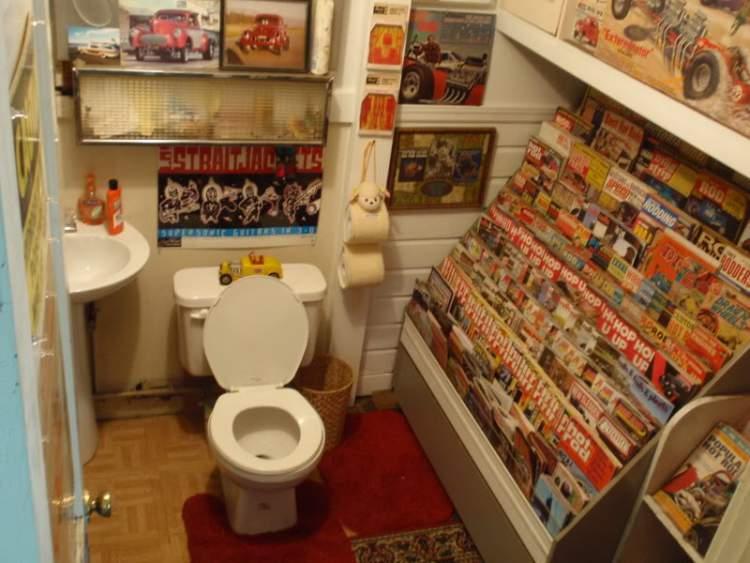 Livros e Revistas no Banheiro