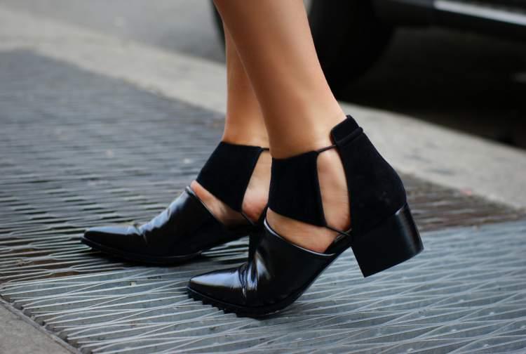 sapatos com design diferente