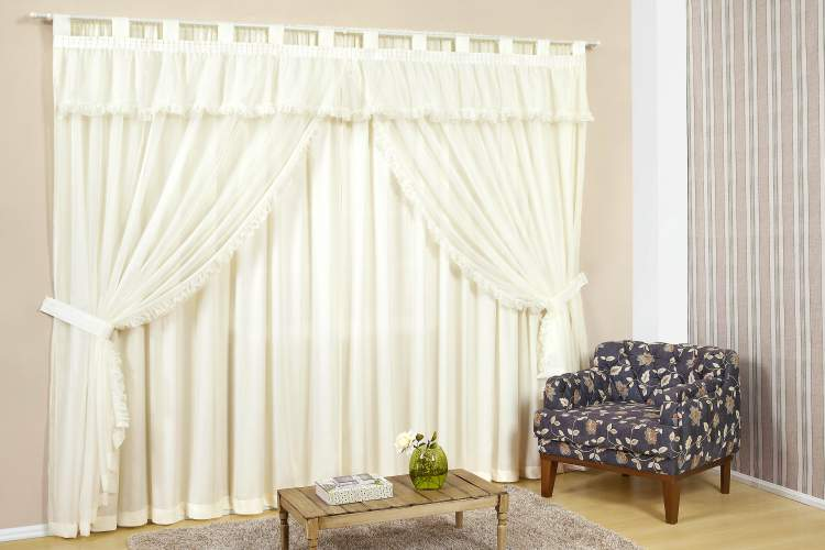Transforme o visual da sua casa com cortinas novas