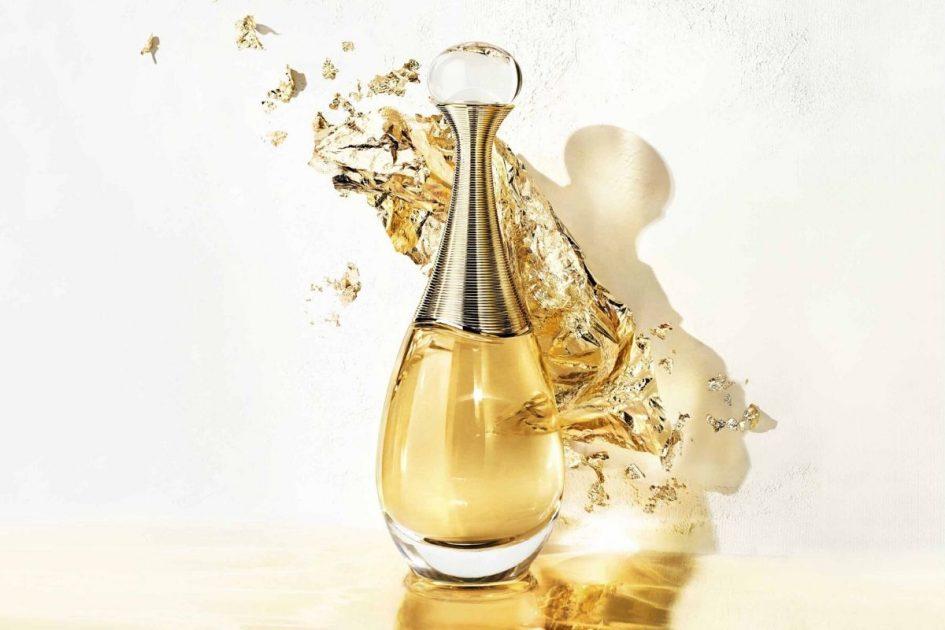 J'Adore Dior é uma tradicional maison de luxo francesa, sinônimo de sofisticação, elegância e inovação.