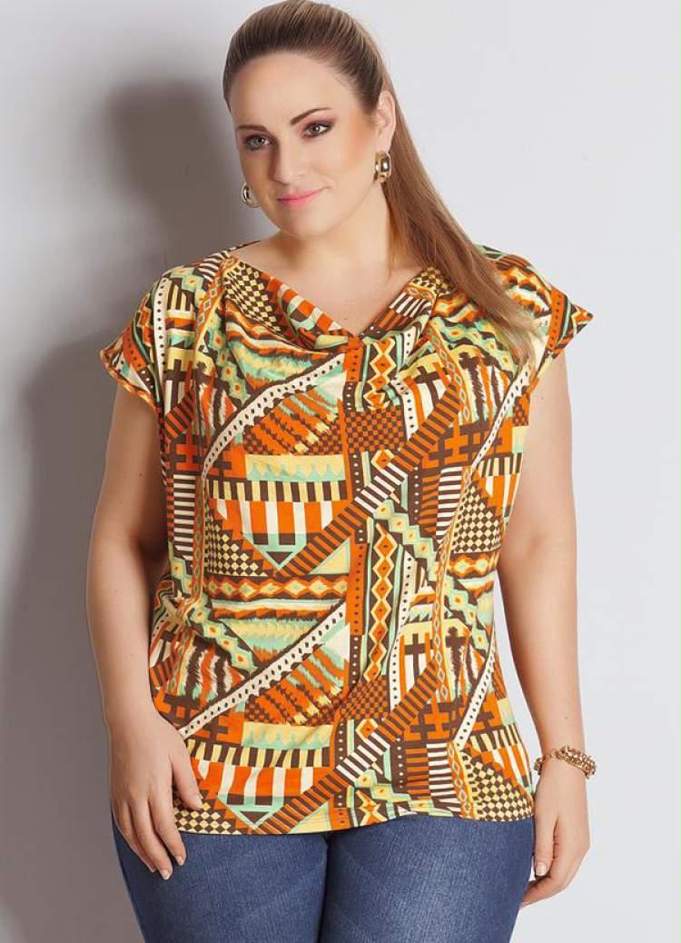 Blusa Gola Boba (Estampa Geométrica) Plus Size