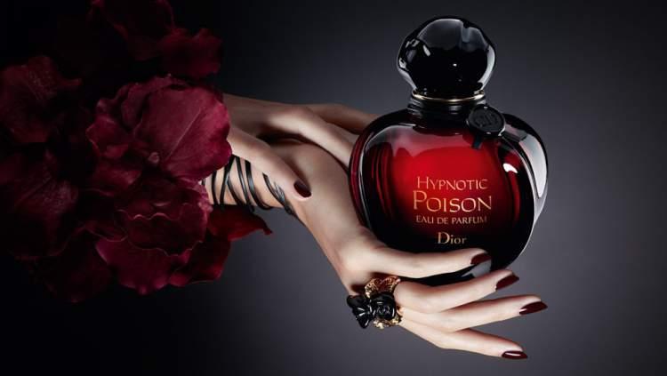 Hypnotic Poison de Dior é um dos perfumes que farão você se sentir mais sexy