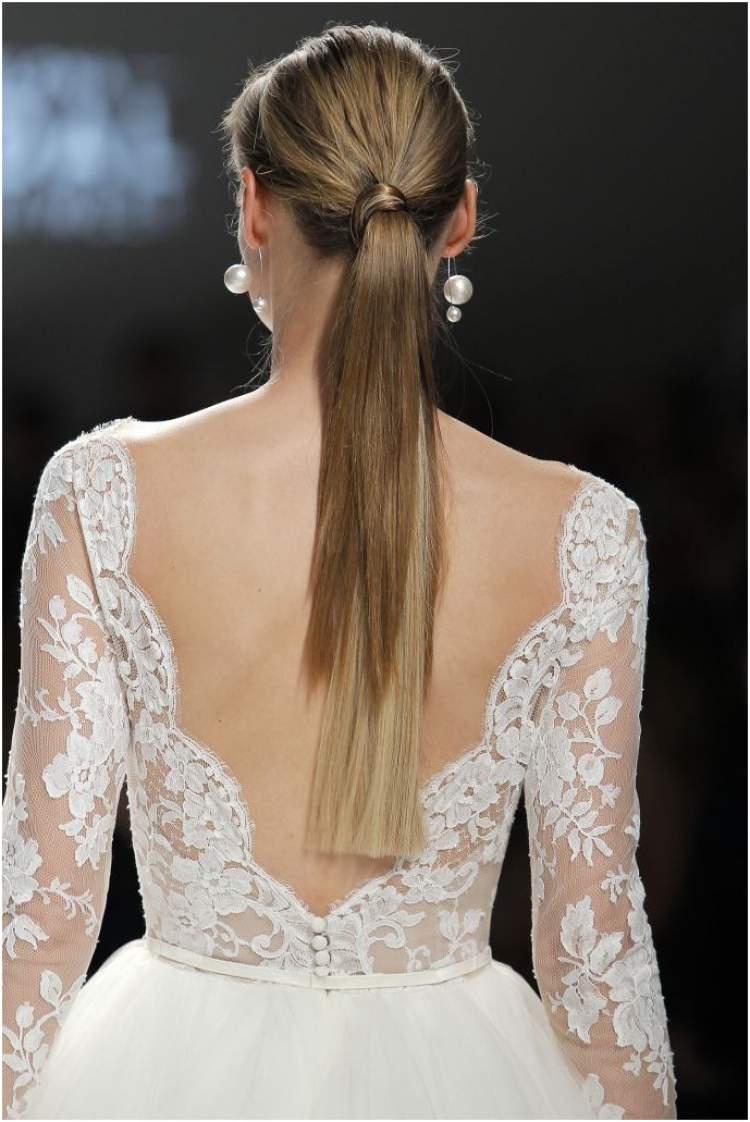 Vestido de Noiva com Bordados para Casamento no Civil