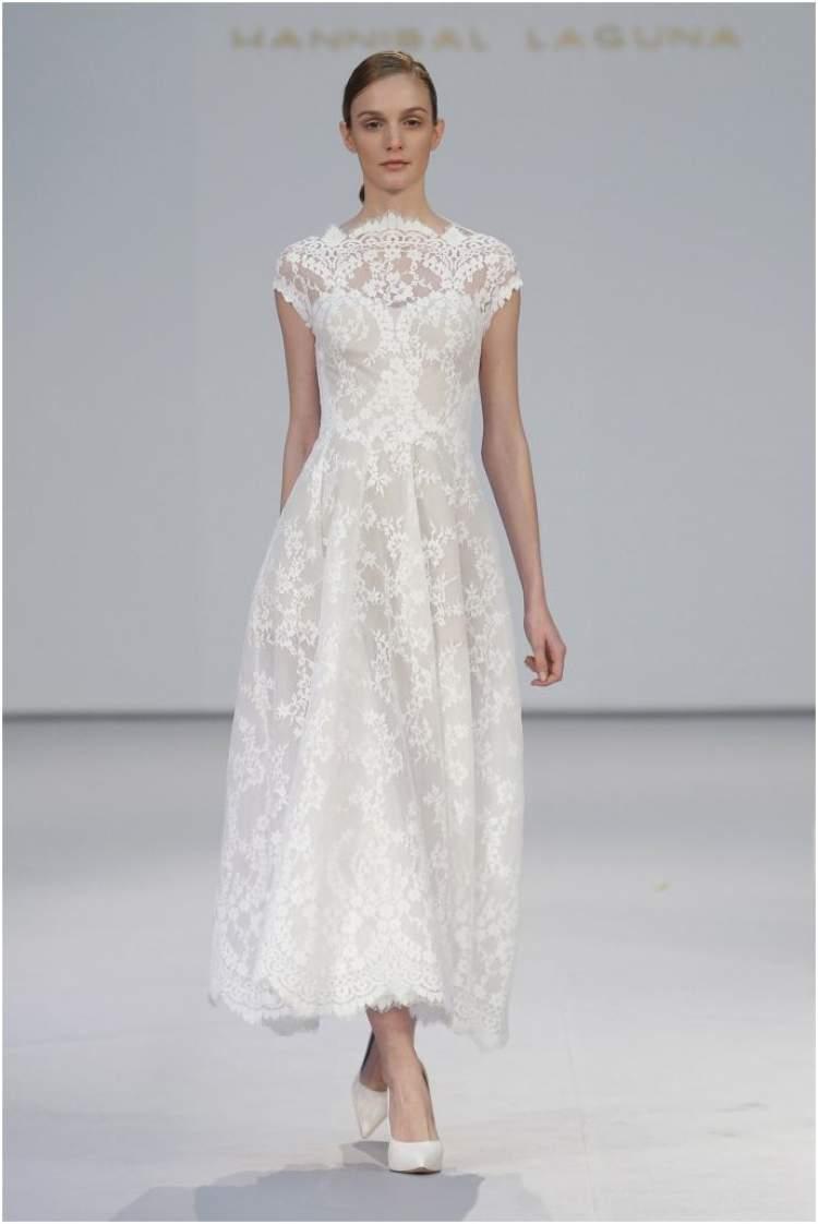 Veja como deve ser o comprimento do vestido de noiva para casamento no civil
