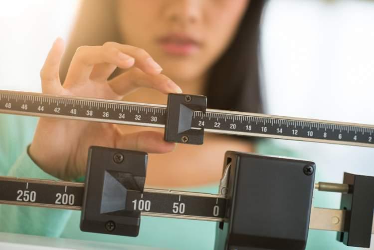 A perda brusca de peso é um dos sintomas da AIDS