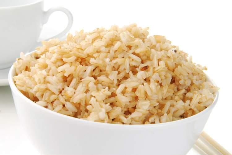 arroz integral é fonte de proteínas