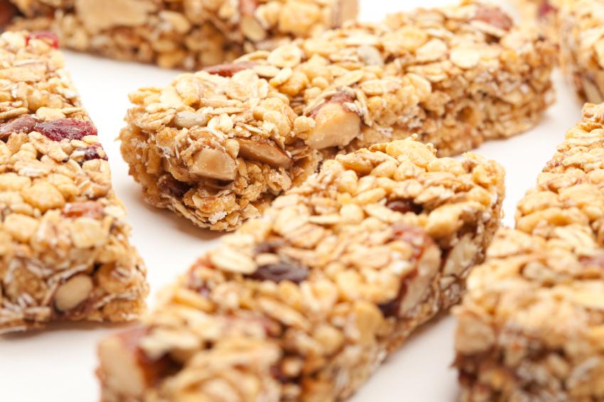 barras de cereais são alimentos saudáveis que aumentam a fome