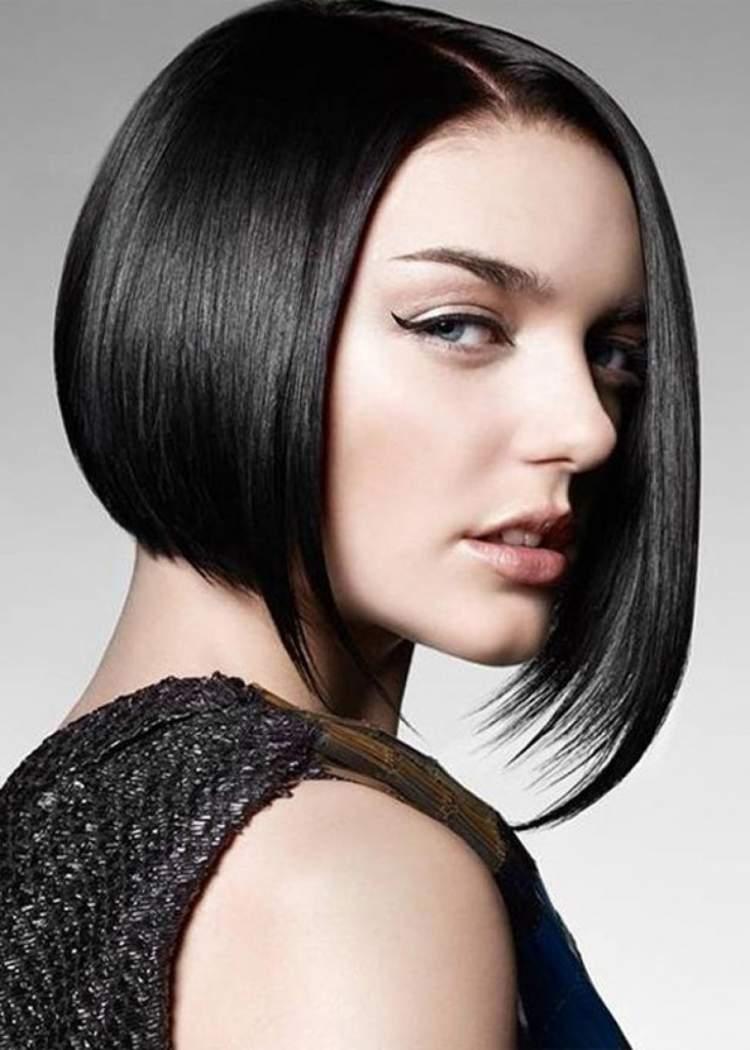 corte de cabelo curto com pontas longas na frente está bombando em 2017