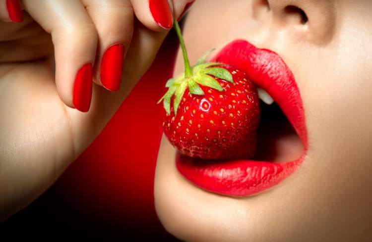 morango é um dos alimentos saudáveis que são mais deliciosos que fast food