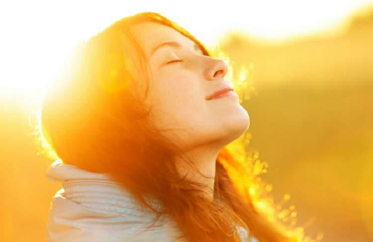 O sol da manhã é uma fonte natural de vitamina D