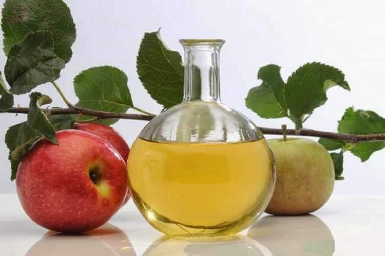 Saiba como usar o vinagre de maçã para tratar a celulite