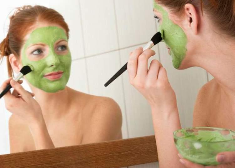 Máscara de esfoliação para combater a oleosidade da pele