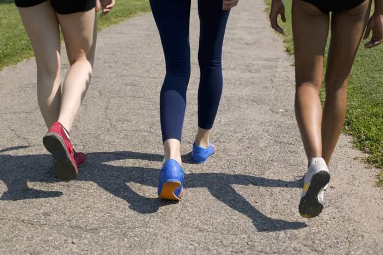 Caminhada ajuda a queimar gordura