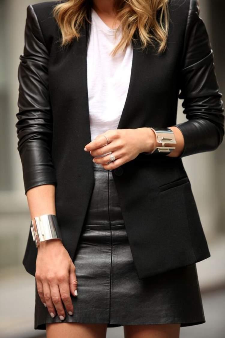 veja como usar saia de couro no trabalho