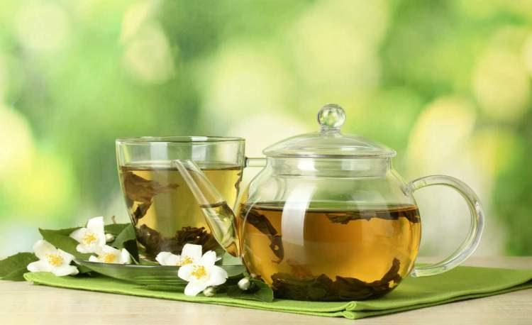 Chá verde ajuda a desinchar o corpo