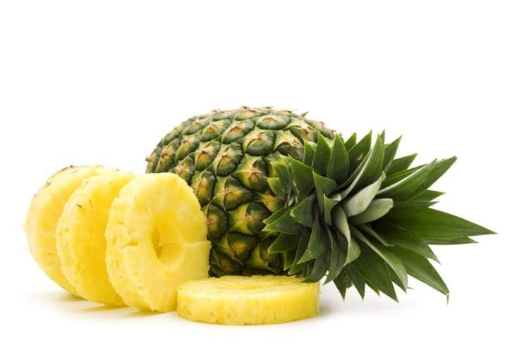 Abacaxi ajuda a desinchar o corpo