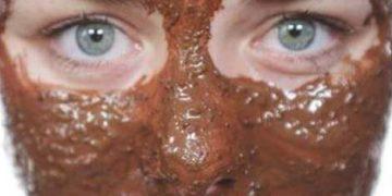 Máscara facial caseira com borra de café