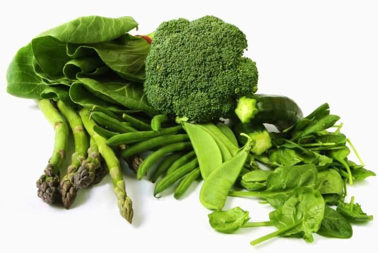 Vegetais verde-escuro ajudam a desinchar o corpo