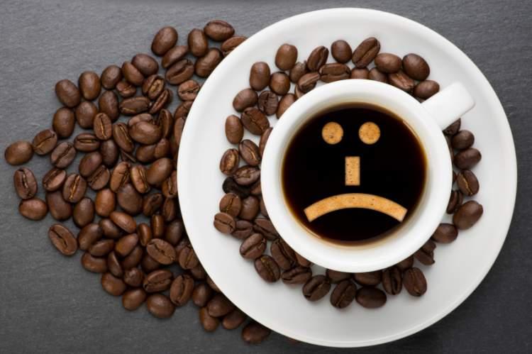 Café pode matar? Saiba quais são os riscos e entenda como a cafeína age no corpo