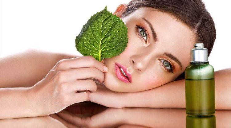 3 receitas caseiras e naturais para manter a pele jovem
