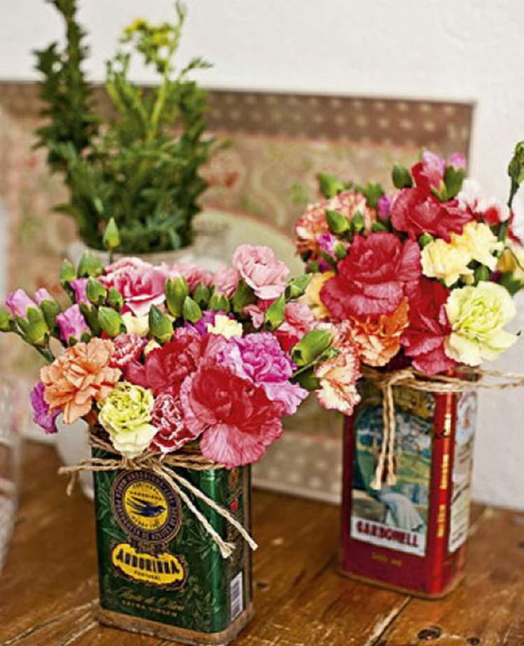 Vasos criativos para decorar uma casa com flores