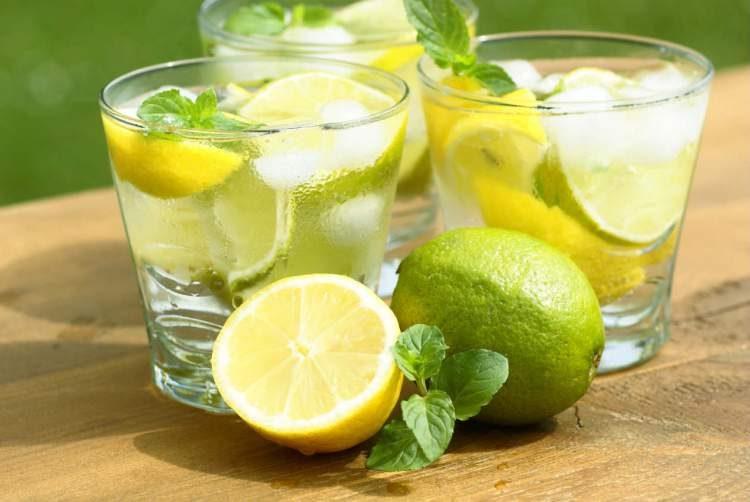 Veja como consumir o o limão para queimar gordura localizada e expulsar as toxinas do corpo