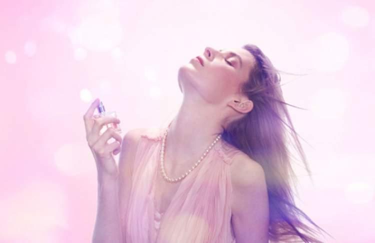 Descubra os perfumes favoritos das famosas