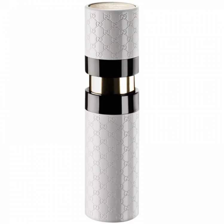 Flora Purse Spray (Gucci) é um bom perfume para carregar na bolsa ou nécessaire