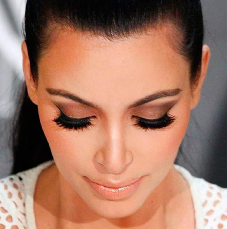 Cílios poderosos é um dos truques de maquiagem que enlouquecem os homens