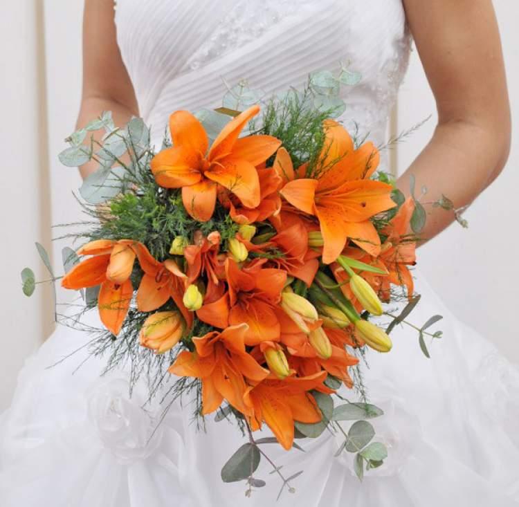 Lírio é uma das flores para buquês e arranjos