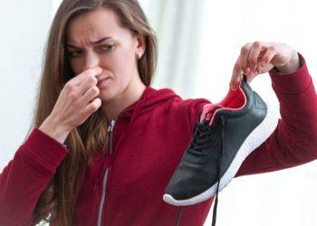 como acabar com o mau cheiro dos calçados