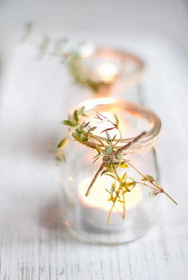 Objeto para decoração de casamento com folhagens