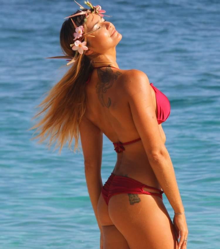 Biquíni Ripple (empina-bumbum) é uma das tendências da moda praia verão 2018